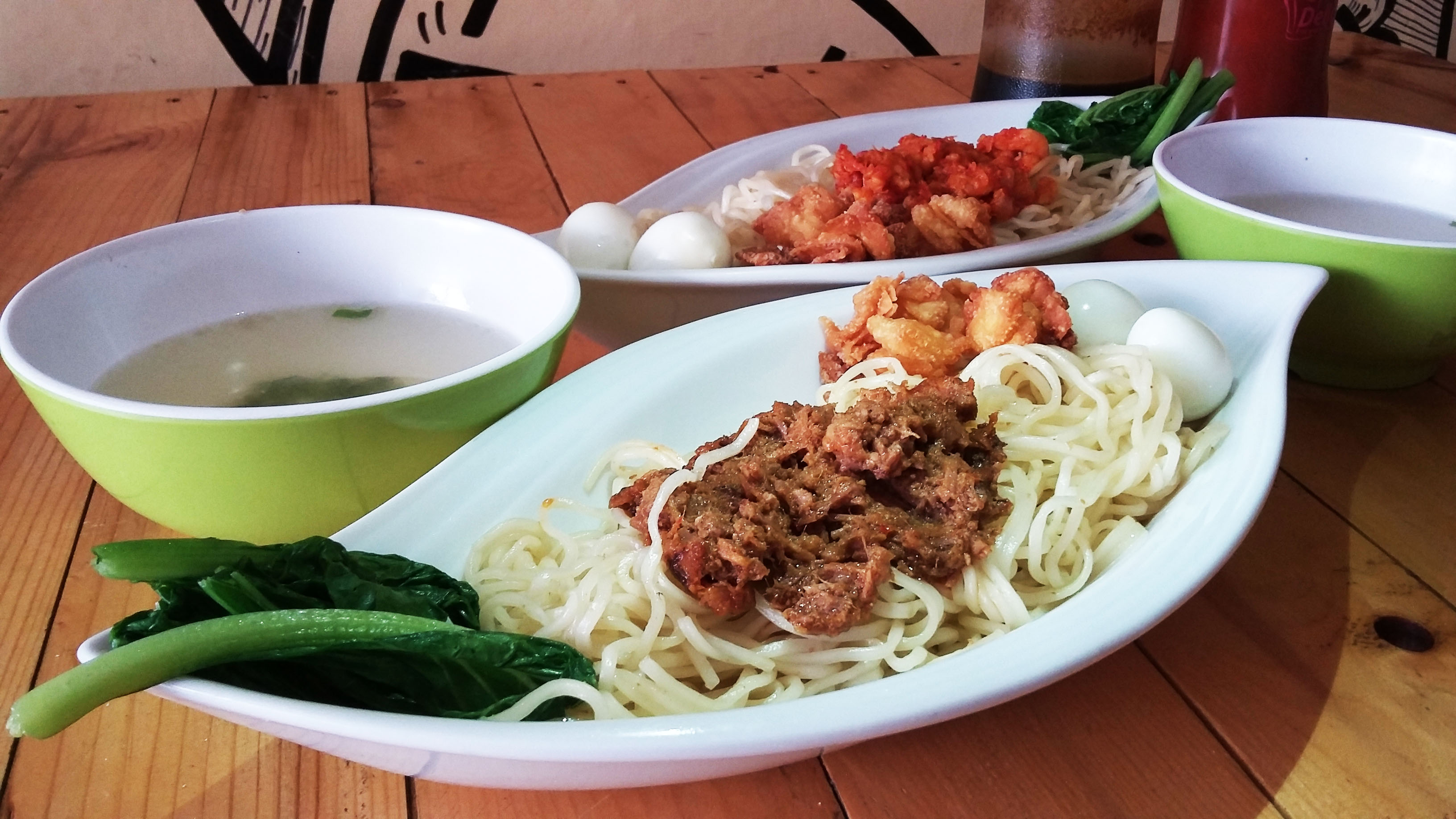 Makan Mie Rendang Bareng Sweet Love di She Cafe